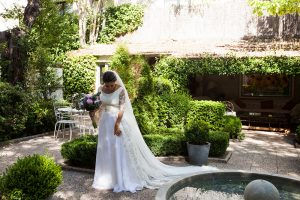 vestido-novia-cuello-barco